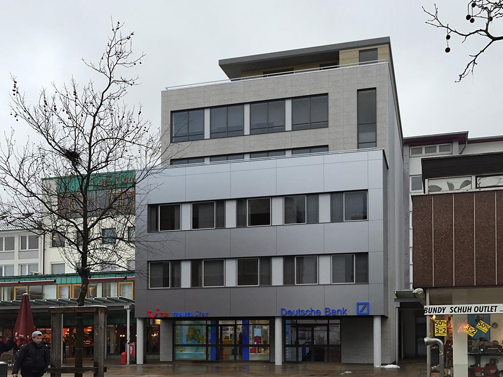 Fotorealistische Fotomontage mittels 3D Visualisierung einer Fassadenerneuerung